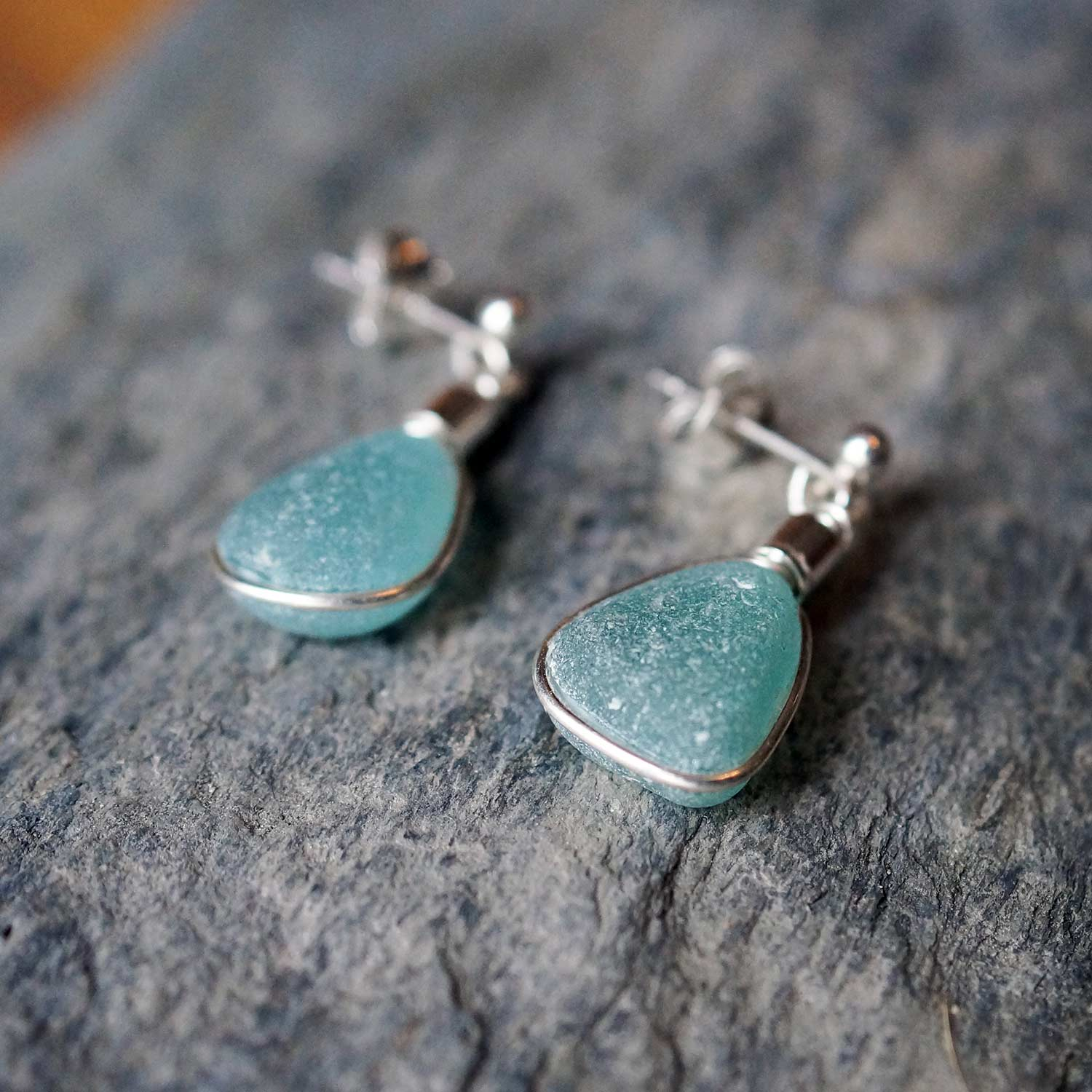bright aqua turquoise Sea glass stud earrings sterling silver rare one of a kind individual handmade cornish cornwall beach sea recycled natural sustainable newquay beachcomb surfing mermaid